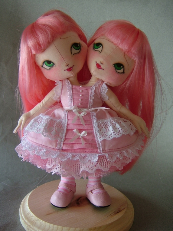 2h_pink_lolita.jpg