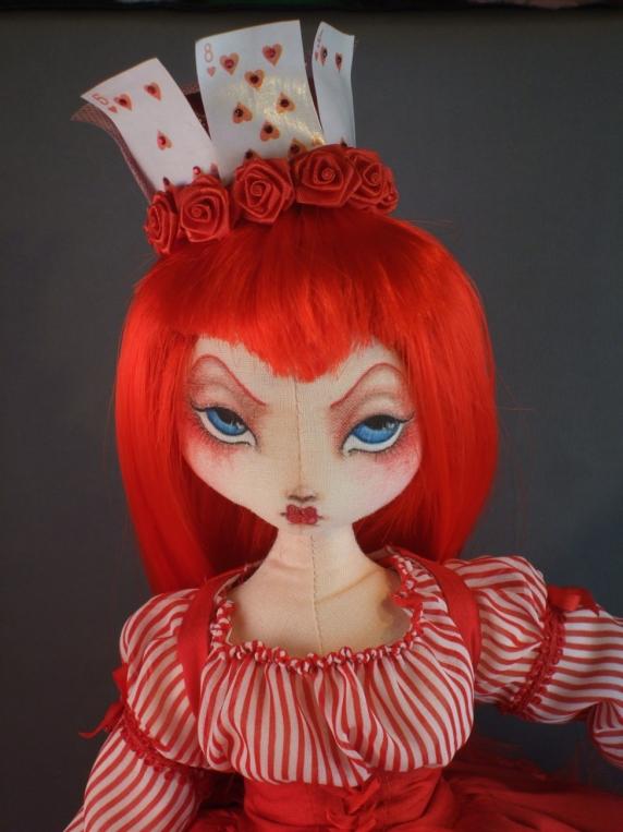 queen_of_hearts_face.jpg