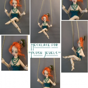 Trapeze Girl Necklace